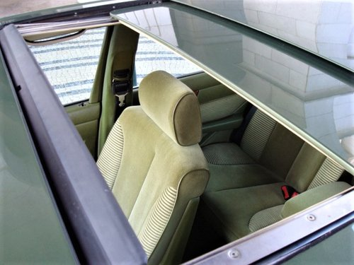 1981 Mercedes-Benz 500 SE (W126) For Sale (picture 5 of 6)