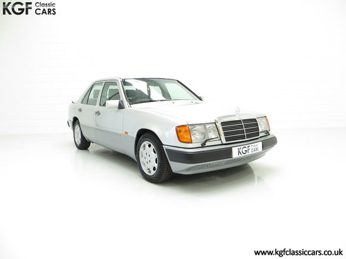 1993 A Powerful Mercedes-Benz W124 320E with 32 Service Stamps SOLD (picture 1 of 6)