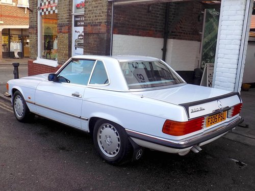 1989 Mercedes 300SL Sports Convertible with Electric Roof  For Sale (picture 3 of 6)
