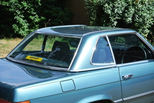 1984 MERCEDES-BENZ 280SL **FANTASTIC SERVICE FILE** For Sale (picture 5 of 6)