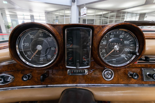 1965 Mercedes-Benz 220 SEb Convertible For Sale (picture 6 of 6)