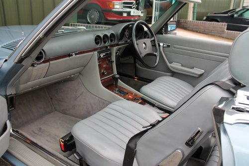 1987 MERCEDES-BENZ 300 SL | STOCK #2004 For Sale (picture 3 of 6)