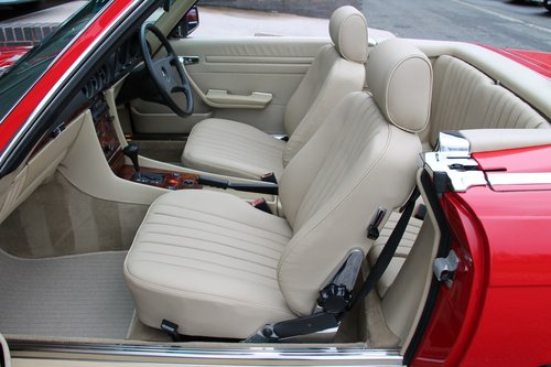 1987 MERCEDES-BENZ 300 SL   STOCK #2030 For Sale (picture 3 of 6)