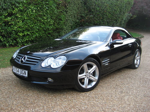 2004 Mercedes Benz SL350 Panoramic Roof With 34k + Just Serviced For Sale (picture 1 of 6)
