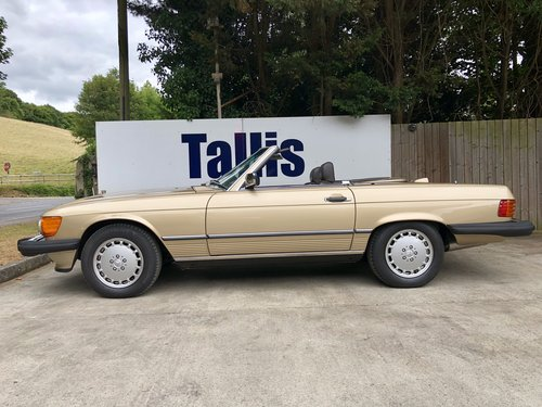 1987 Rare left hand drive Mercedes 560SL 69,000m SOLD (picture 1 of 6)