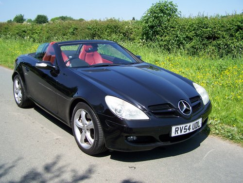 BEAUTIFUL 2004 (54) SLK 350 EXTENSIVE SERVICE HISTORY        SOLD (picture 1 of 6)