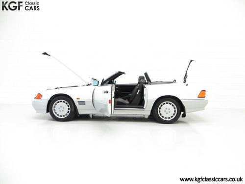 1990 A Desirable Mercedes-Benz 300SL-24 R129 with 27,227 Miles SOLD (picture 3 of 6)