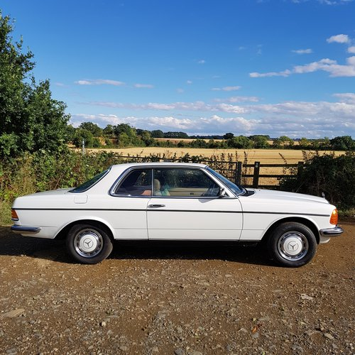 Mercedes W123 230CE Pillarless Coupe 1984 £9,995 SOLD (picture 2 of 6)