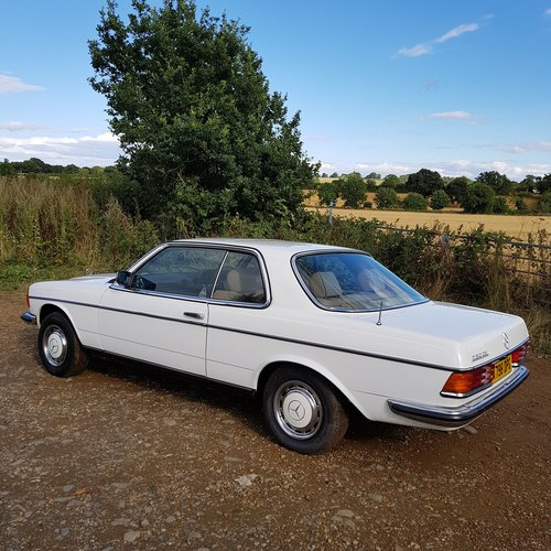 Mercedes W123 230CE Pillarless Coupe 1984 £9,995 SOLD (picture 4 of 6)