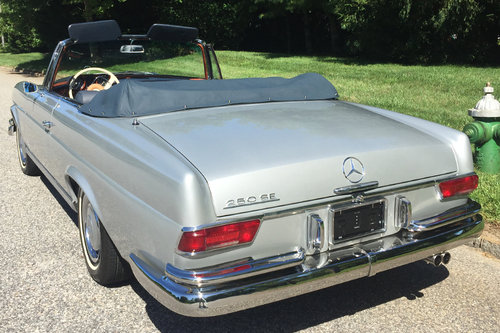 1967 Mercedes 250SE Cabriolet For Sale (picture 3 of 6)