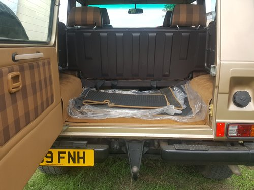 Mercedes Benz G Wagon 280GE Petrol Manual 1987 For Sale (picture 6 of 6)