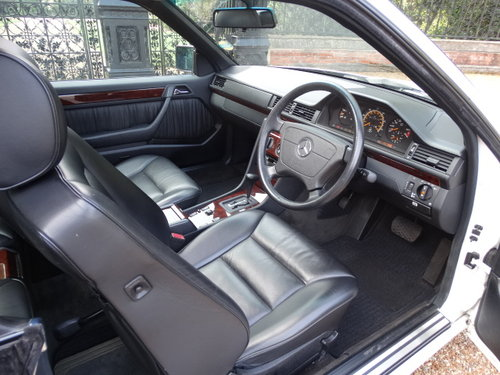 1996 MERCEDES E220 COUPE ONLY 17,000 MILES For Sale (picture 4 of 6)