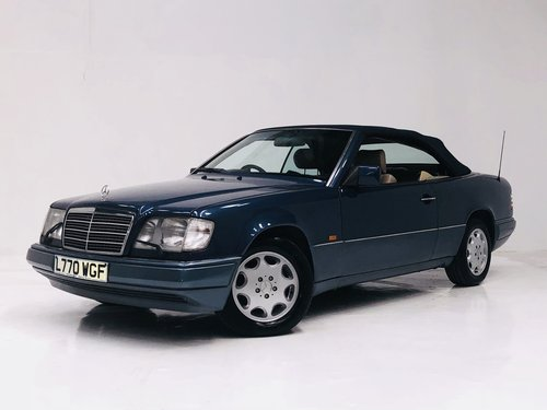 1994 MERCEDES-BENZ W124 E320 CABRIOLET CONVERTIBLE - SUPER SOLD (picture 1 of 6)