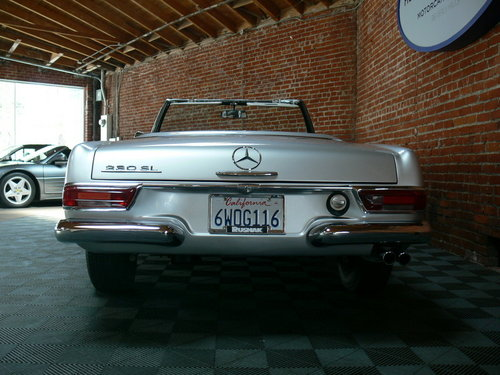 1966 1960 Mercedes Benz 230 SL Pagoda For Sale (picture 4 of 6)