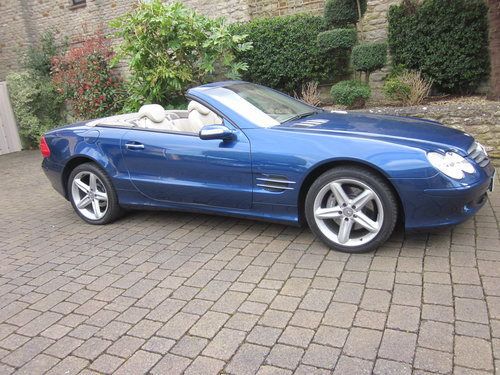 2004 Mercedes Benz SL500 For Sale (picture 4 of 6)