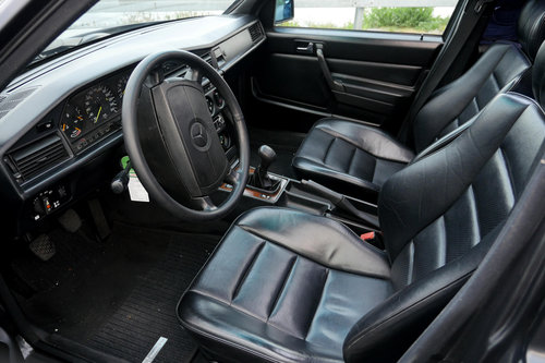 1989 Mercedes 190 Cosworth 2.5 16V For Sale (picture 4 of 6)
