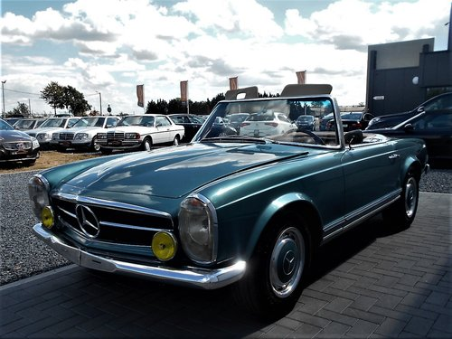 1967 MERCEDES 250 SL PAGODA LHD 53900 MILES SOLD (picture 2 of 6)