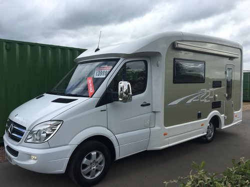 IH Camper on Mercedes Sprinter 2011 REDUCED PRICE SOLD (picture 1 of 6)