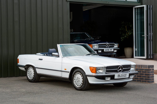 1986 Mercedes-Benz 300SL (R107) #2041 For Sale (picture 1 of 6)