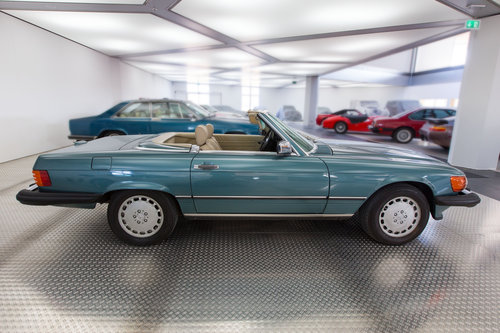 1988 Mercedes-Benz 560 SL LHD  For Sale (picture 2 of 6)