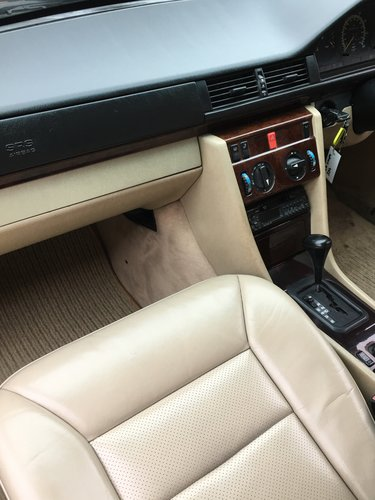 1995 W124 E320 COUPE - 1 PRIVATE OWNER - 57K MILES SOLD (picture 5 of 6)