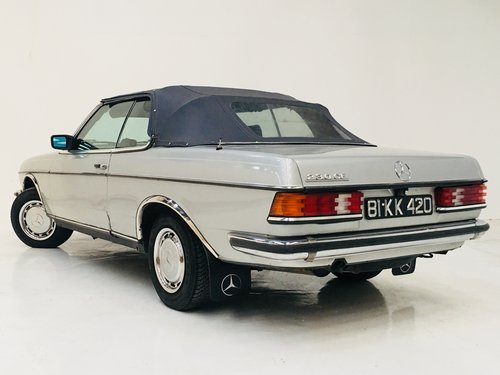 1981 MERCEDES-BENZ 230CE W123 CONVERTIBLE - LIGHT PROJECT SOLD (picture 4 of 6)