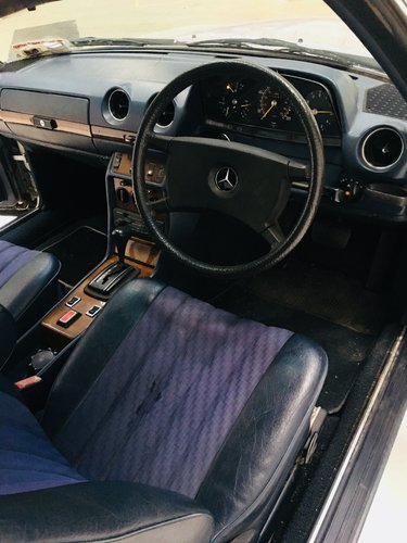1981 MERCEDES-BENZ 230CE W123 CONVERTIBLE - LIGHT PROJECT SOLD (picture 6 of 6)