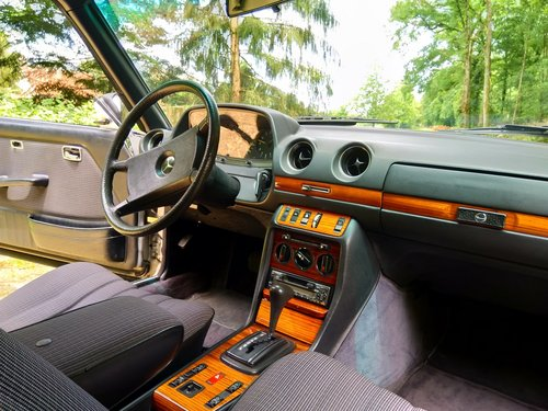 1983 Mercedes 280 CE W123  For Sale (picture 4 of 6)