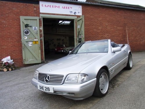 1996 Mercedes-Benz SL 320 (AMG Alloys) Reg DHE219 For Sale (picture 1 of 6)
