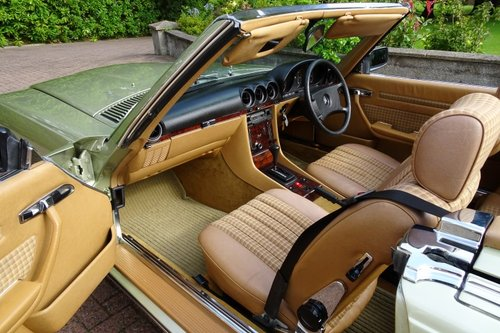 Exceptional Low Mileage 1984 Mercedes Benz 280SL For Sale (picture 6 of 6)