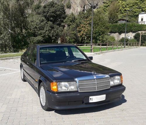 1986 One hand mercedes 190 2.3 16 manual full history For Sale (picture 1 of 6)