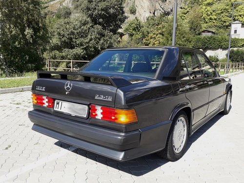 1986 One hand mercedes 190 2.3 16 manual full history For Sale (picture 6 of 6)
