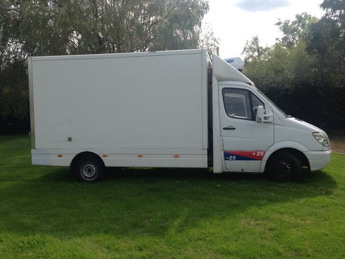 2009 Heat Chill Freeze Euro 5 box van For Sale (picture 2 of 6)