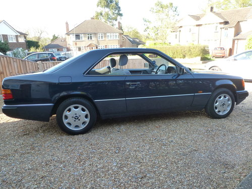 1993 MERCEDES 220CE C124 (W124) SOLD (picture 1 of 6)