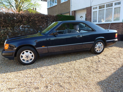 1993 MERCEDES 220CE C124 (W124) SOLD (picture 2 of 6)