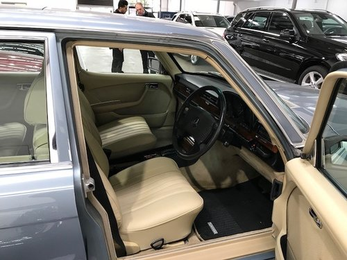 Mercedes-Benz 450 SEL 6.9 W116 in AS NEW condition For Sale (picture 4 of 6)