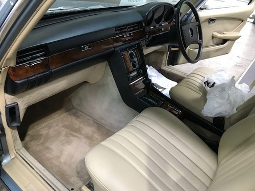 Mercedes-Benz 450 SEL 6.9 W116 in AS NEW condition For Sale (picture 5 of 6)