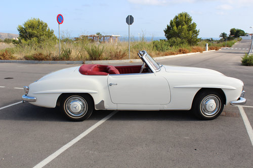 1956 Stunning MB 190SL - fully restored. For Sale (picture 2 of 6)