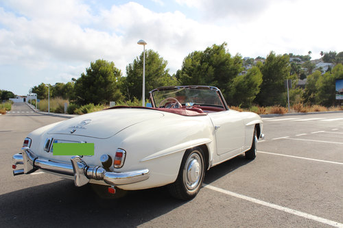 1956 Stunning MB 190SL - fully restored. For Sale (picture 5 of 6)