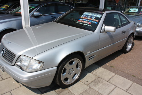 1998 Mercedes SL 320 Billiant Silver,Pan Roof Low mileage For Sale (picture 1 of 5)