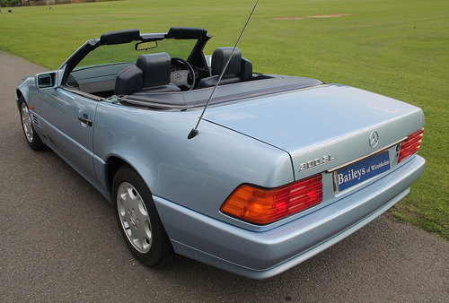 1992 Exquisite R129 300SL Roadster In Show Condition Throughout For Sale (picture 2 of 6)