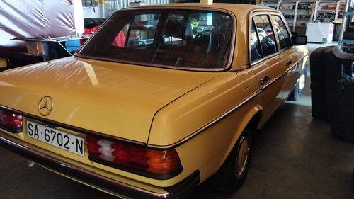 1982 Mercedes-Benz 200E W123 - 62.000 Km For Sale (picture 2 of 6)
