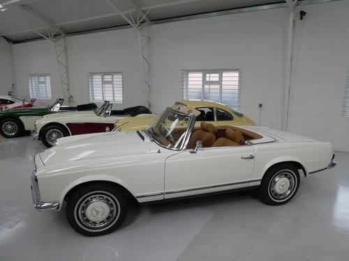 1967 Mercedes Benz 280 SL Pagoda SOLD (picture 2 of 6)