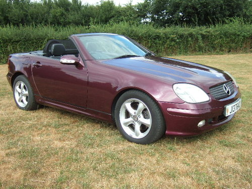 2001 Mercedes SLK320 V6 Convertible only 20000 miles SOLD (picture 2 of 6)