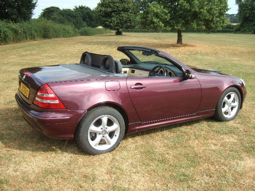 2001 Mercedes SLK320 V6 Convertible only 20000 miles SOLD (picture 4 of 6)