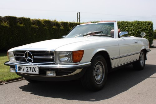 1982 Mercedes 500SL W107 only 32,000 miles -immaculate For Sale (picture 2 of 6)