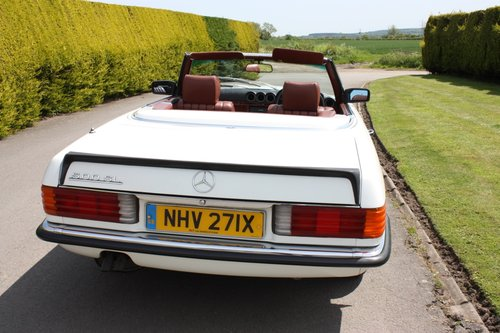 1982 Mercedes 500SL W107 only 32,000 miles -immaculate For Sale (picture 4 of 6)