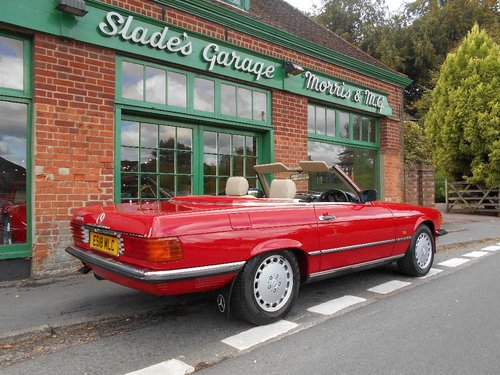 1988 Mercedes SL300 Automatic Convertible  For Sale (picture 3 of 4)