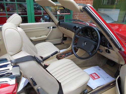 1988 Mercedes SL300 Automatic Convertible  For Sale (picture 4 of 4)