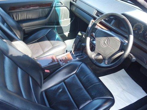 1995 Mercedes Benz E Class E220 2.2 2dr Cabriolet For Sale (picture 5 of 6)